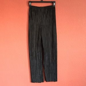 Nasty Gal Pants & Jumpsuits - Cropped Plissé Culotte with High-Waist